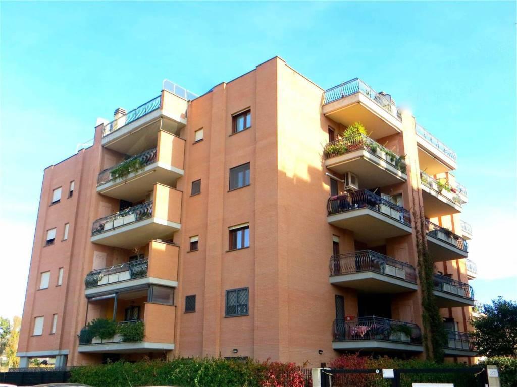 Appartamento in vendita a Roma, 3 locali, zona Zona: 40 . Piana del Sole, Casal Lumbroso, Malagrotta, Ponte Galeria, prezzo € 170.000 | CambioCasa.it