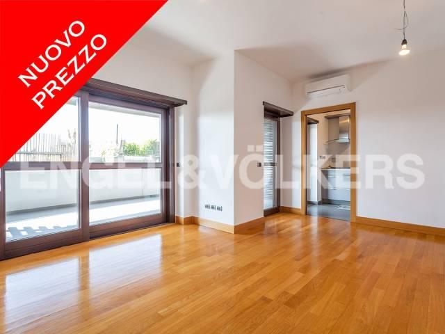 Appartamento in Vendita a Roma via copenaghen