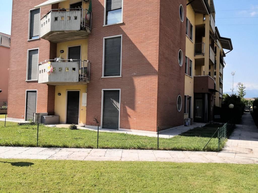 Appartamento in affitto a Bussolengo, 3 locali, prezzo € 550   CambioCasa.it