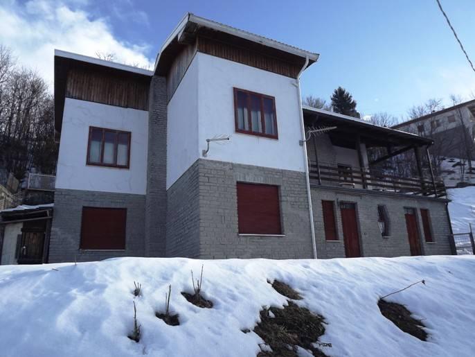 Villa in vendita a Fuipiano Valle Imagna, 6 locali, prezzo € 107.000   PortaleAgenzieImmobiliari.it