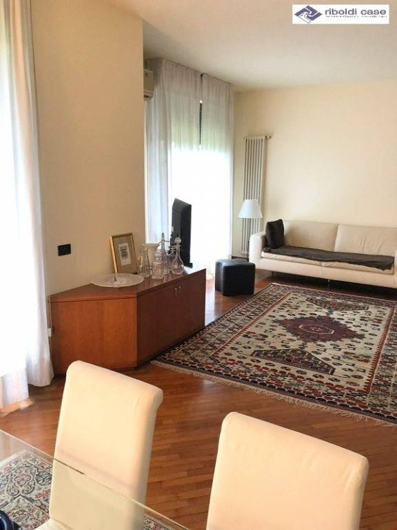 Appartamento in vendita a Desio, 4 locali, prezzo € 330.000 | PortaleAgenzieImmobiliari.it