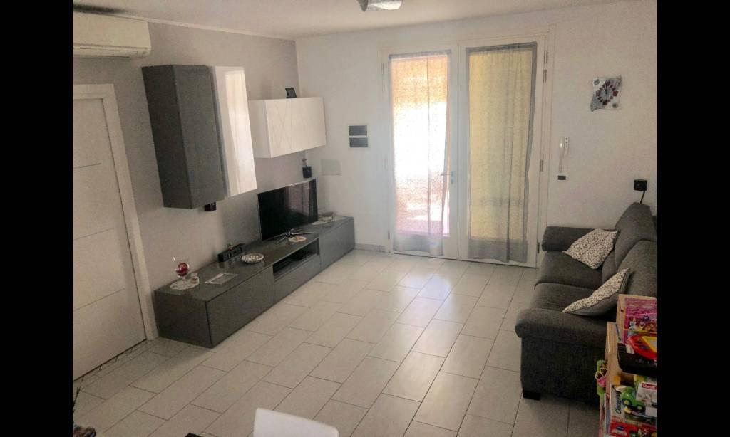Appartamento in Vendita a Ravenna Periferia Nord: 4 locali, 90 mq