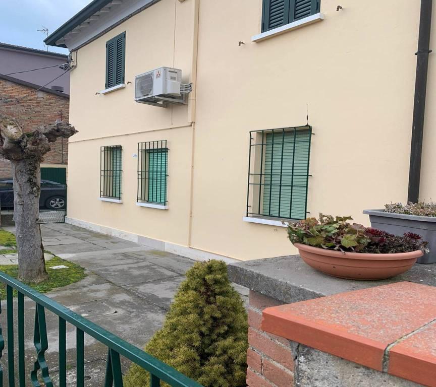 Villa in Vendita a Ravenna Periferia Nord: 5 locali, 123 mq