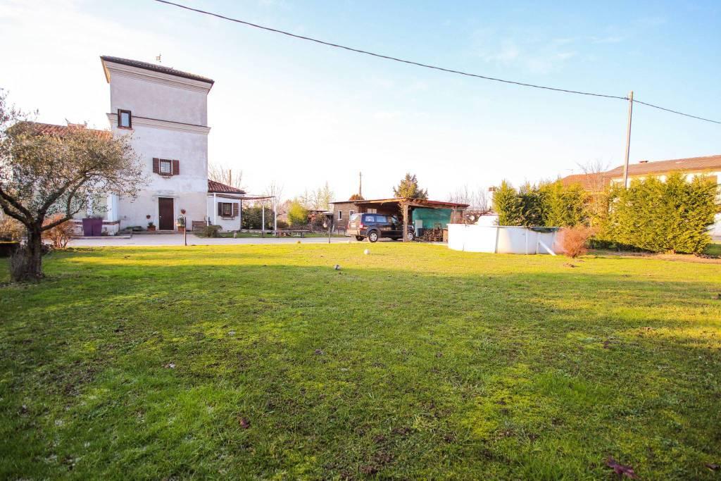 Villa in vendita a Camisano Vicentino, 6 locali, prezzo € 249.000 | CambioCasa.it