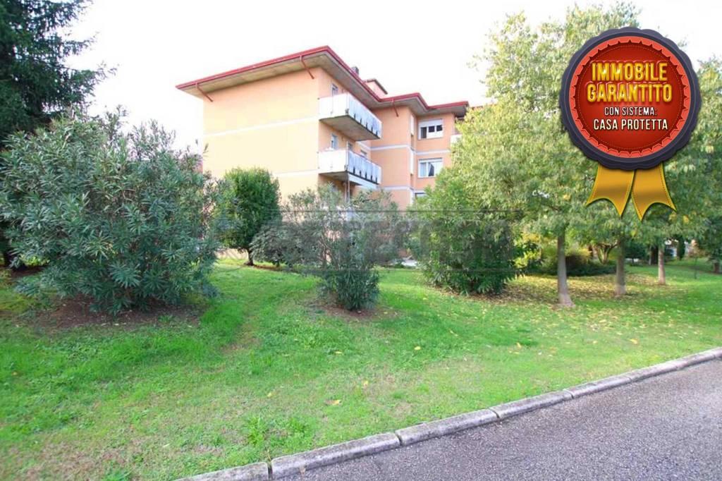 Appartamento in vendita a Longare, 4 locali, prezzo € 71.500 | CambioCasa.it