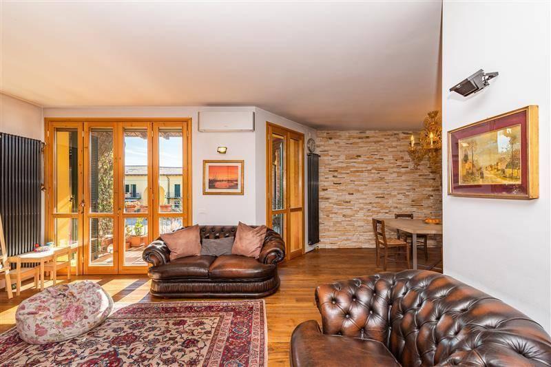 Appartamento in vendita a Rodano, 3 locali, prezzo € 370.000 | CambioCasa.it