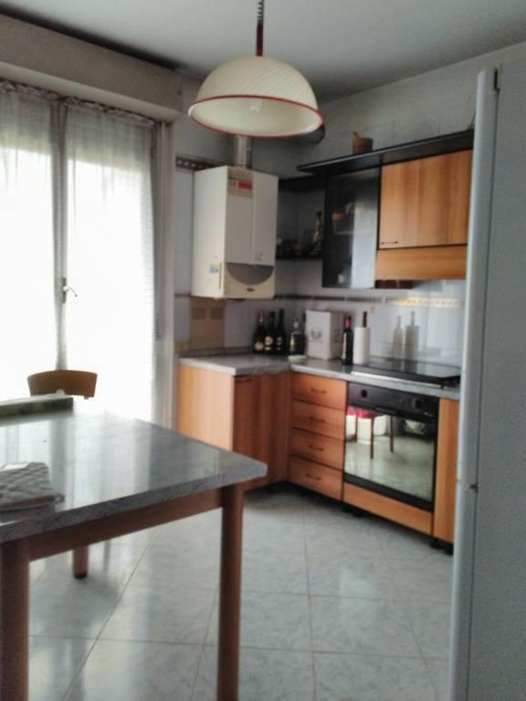 Appartamento in affitto a Novara, 5 locali, prezzo € 950 | PortaleAgenzieImmobiliari.it