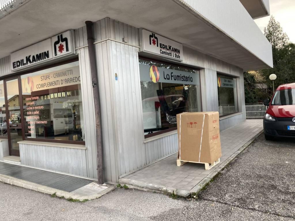 Negozio / Locale in vendita a Tricesimo, 1 locali, prezzo € 140.000 | CambioCasa.it