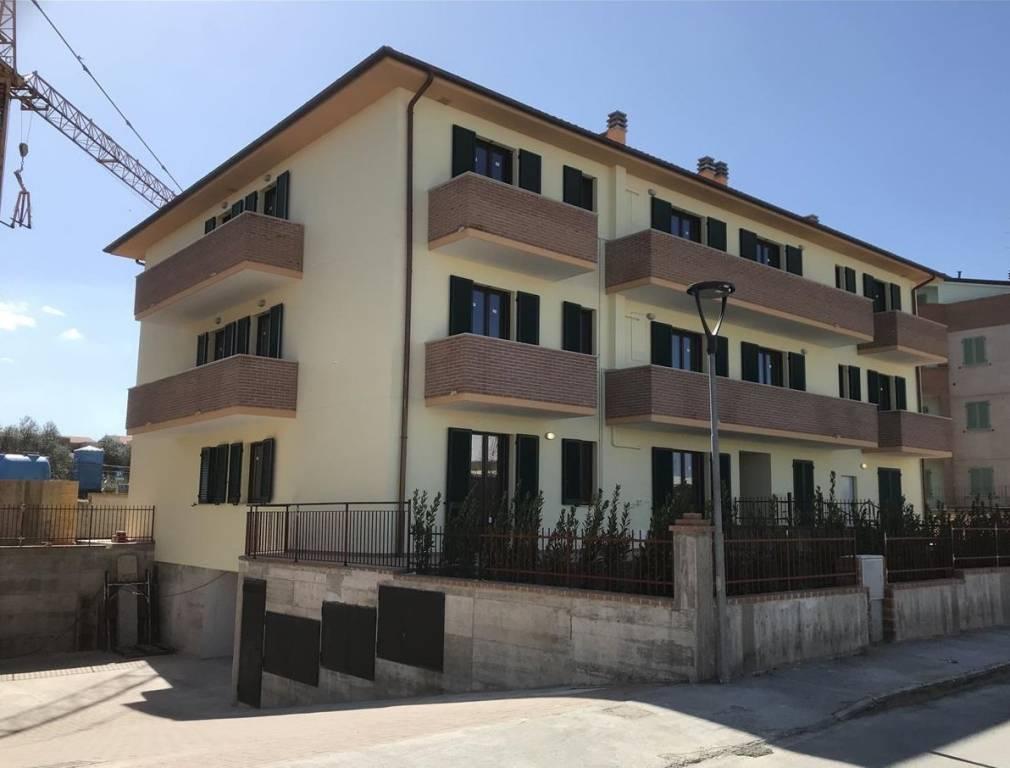 Appartamento in Vendita a Castiglione Del Lago: 2 locali, 61 mq