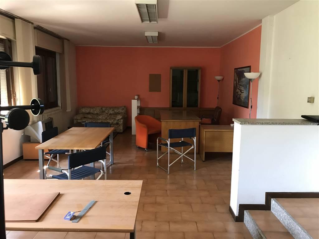 Ufficio / Studio in affitto a Trezzano Rosa, 1 locali, prezzo € 350 | CambioCasa.it