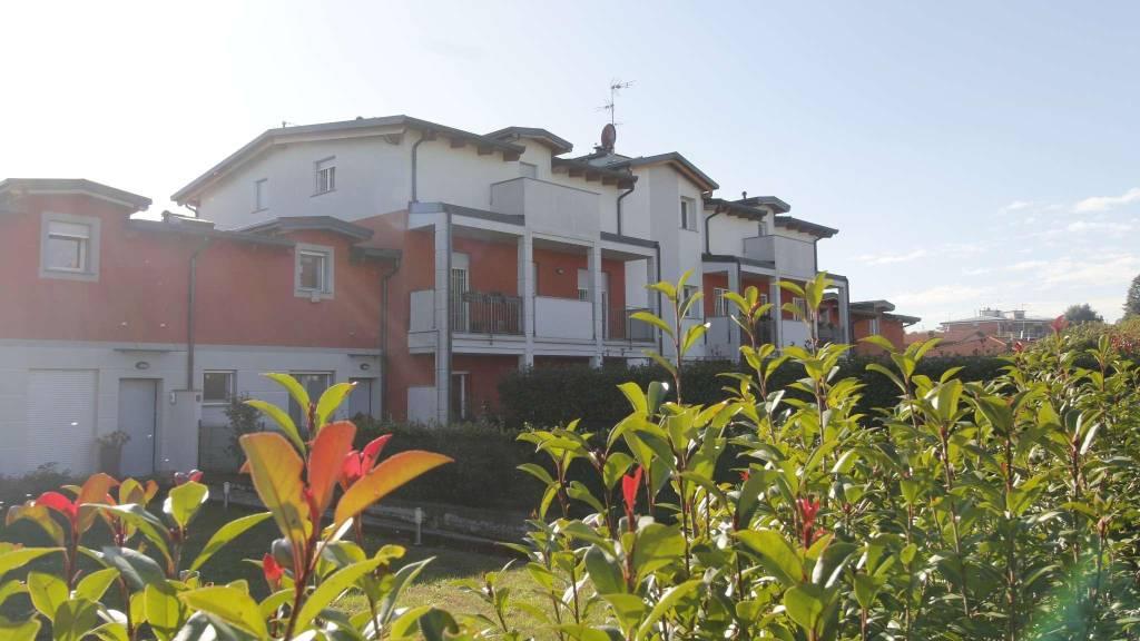 Appartamento in vendita a Busnago, 4 locali, prezzo € 217.000   CambioCasa.it