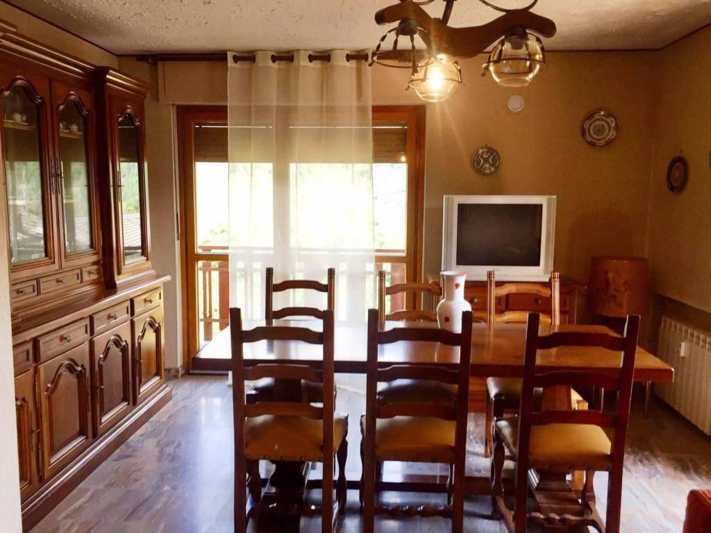 Appartamento in vendita a Challand-Saint-Anselme, 3 locali, prezzo € 159.000 | PortaleAgenzieImmobiliari.it