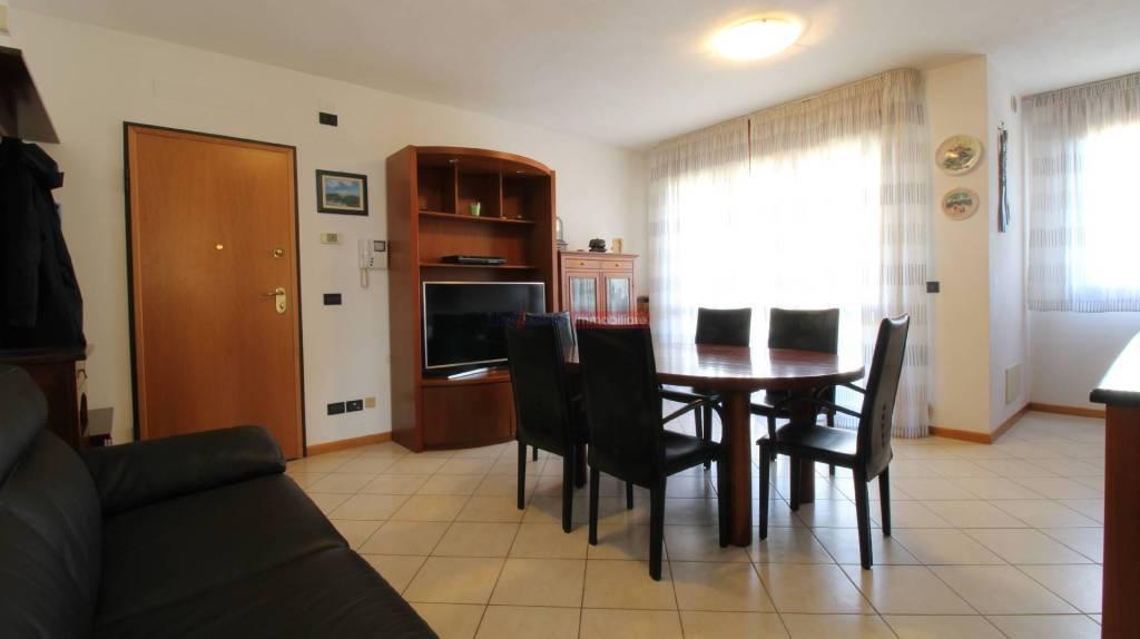 Appartamento con due camere in centro a Cavallino, foto 2