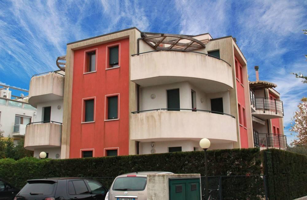 Appartamento con due camere in centro a Cavallino, foto 0