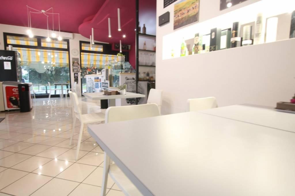 Bar in affitto a Longare, 1 locali, prezzo € 700 | CambioCasa.it