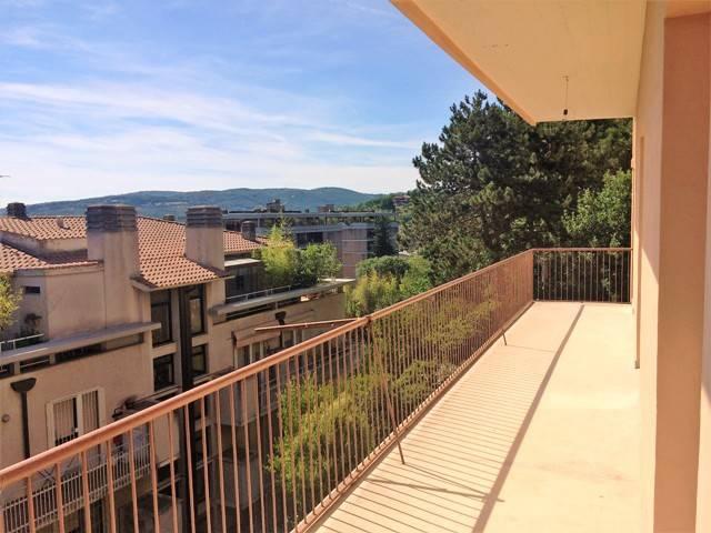 Appartamento in Vendita a Perugia Semicentro: 4 locali, 129 mq