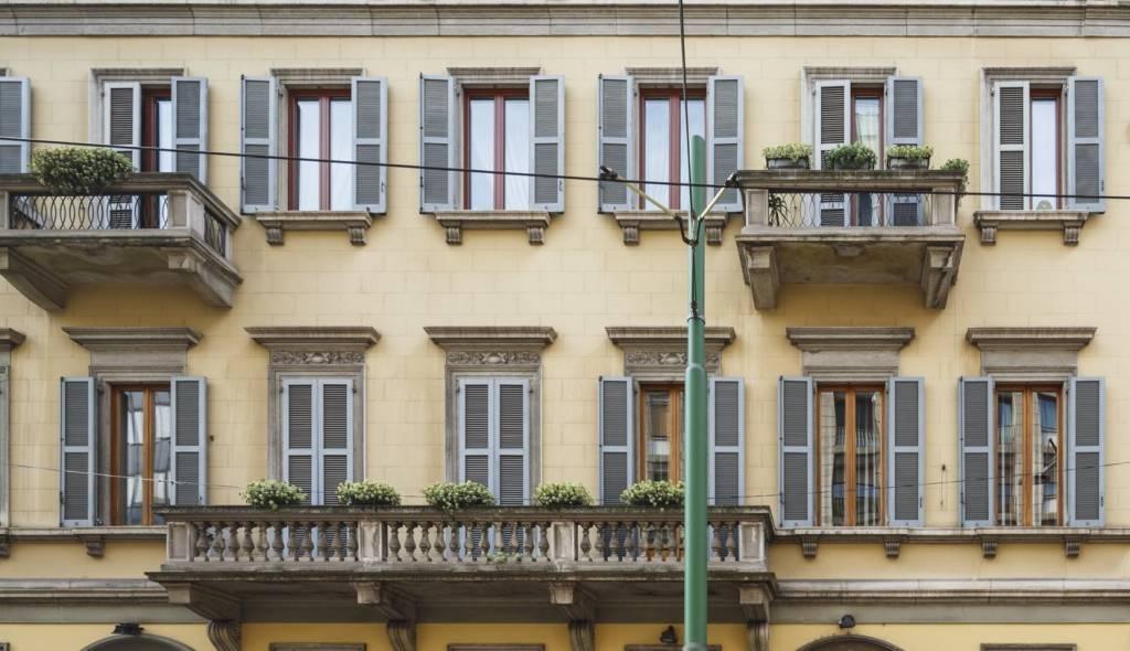 Ufficio-studio in Affitto a Milano 01 Centro storico (Cerchia dei Navigli): 5 locali, 400 mq