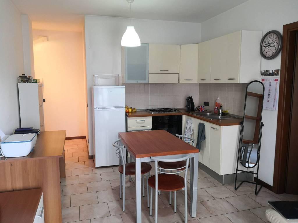 Appartamento in affitto a Bussolengo, 2 locali, prezzo € 450   CambioCasa.it