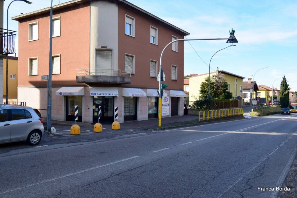 Appartamento in vendita a Curno, 5 locali, prezzo € 179.000 | CambioCasa.it