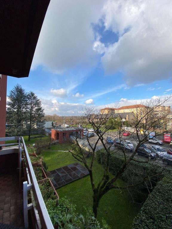 Appartamento in vendita a Monza, 4 locali, zona Centro Storico, San Gerardo, Via Lecco, prezzo € 350.000 | PortaleAgenzieImmobiliari.it