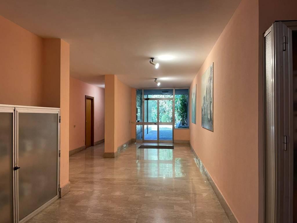 Attività / Licenza in affitto a Tivoli, 2 locali, prezzo € 300 | CambioCasa.it