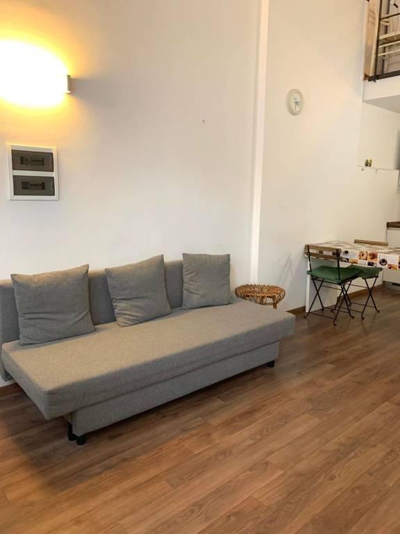 Appartamento in buone condizioni arredato in affitto Rif. 9247854