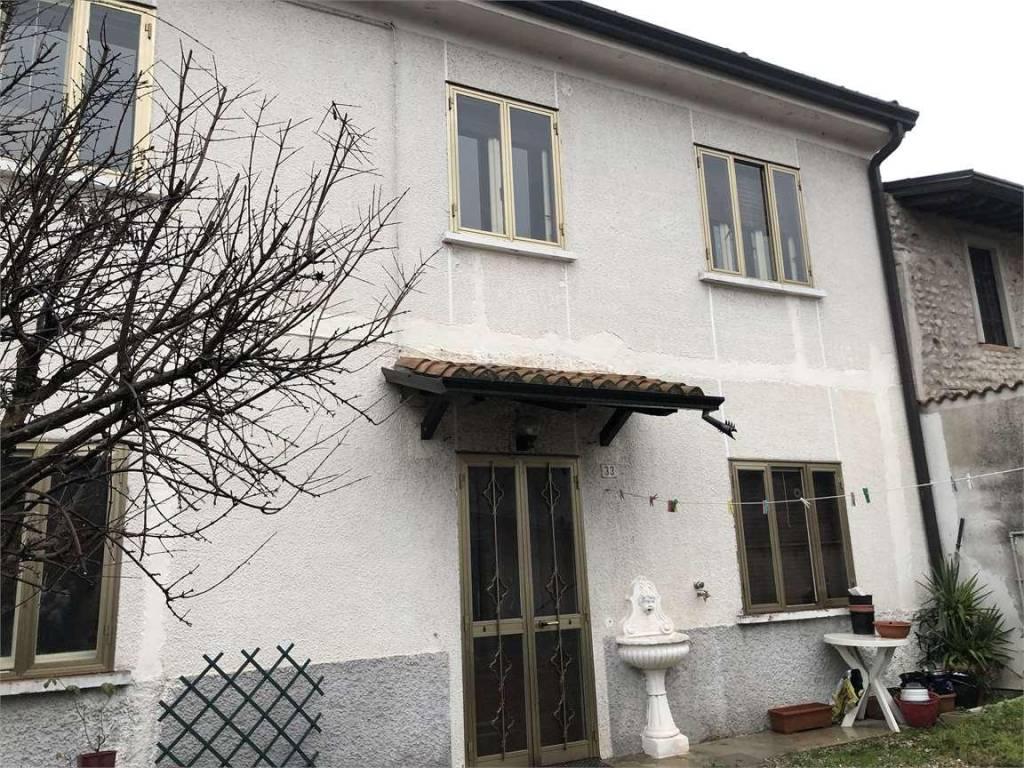 Villa in vendita a Marmirolo, 5 locali, prezzo € 85.000 | CambioCasa.it