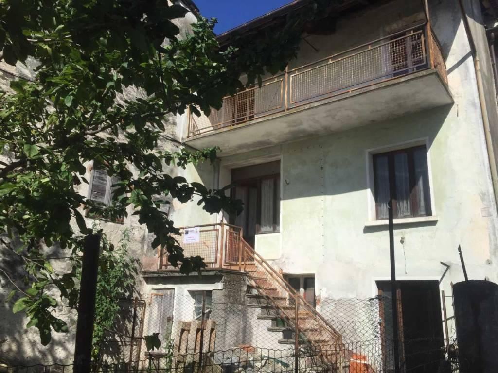 Soluzione Indipendente in vendita a Rueglio, 5 locali, prezzo € 22.000   PortaleAgenzieImmobiliari.it