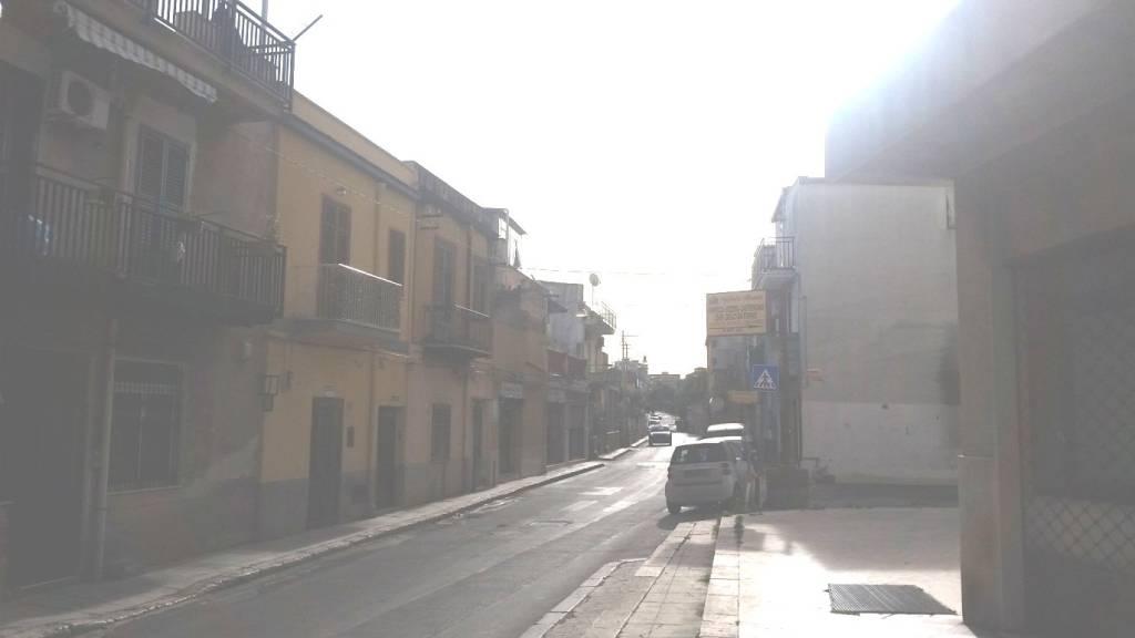 Posto-box auto in Vendita a Palermo Periferia Nord: 30 mq