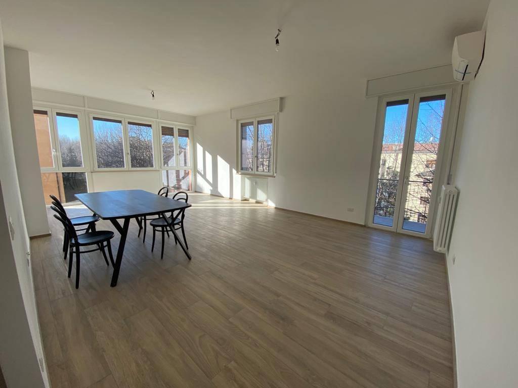 Appartamento in affitto a Sassuolo, 5 locali, prezzo € 1.200 | CambioCasa.it