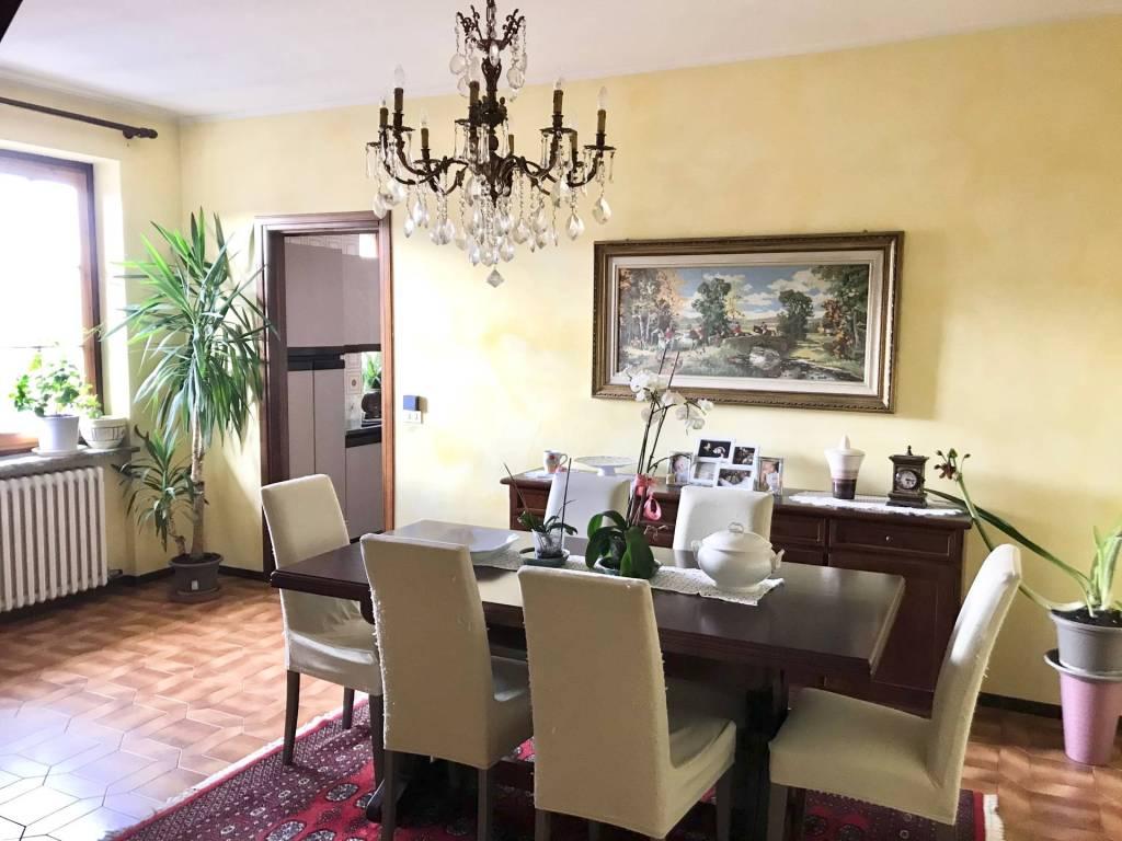 Appartamento in vendita a Cuneo, 6 locali, prezzo € 260.000 | PortaleAgenzieImmobiliari.it