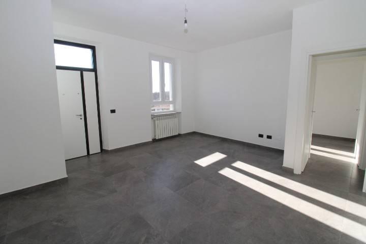 Appartamento in vendita a Villa Guardia, 3 locali, prezzo € 138.000   CambioCasa.it