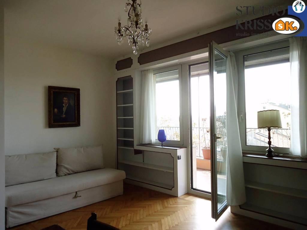 Attico / Mansarda in ottime condizioni arredato in affitto Rif. 8479859