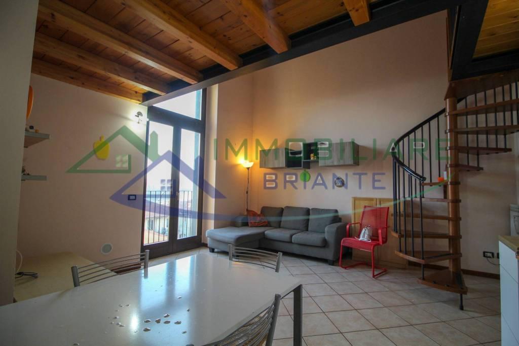 Appartamento in vendita a Somma Lombardo, 2 locali, prezzo € 65.000   CambioCasa.it