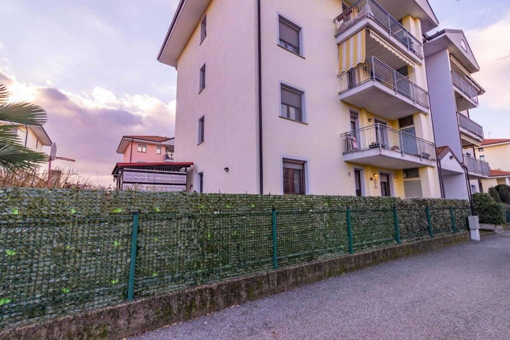 Appartamento in vendita a Borgomanero, 4 locali, prezzo € 175.000 | PortaleAgenzieImmobiliari.it