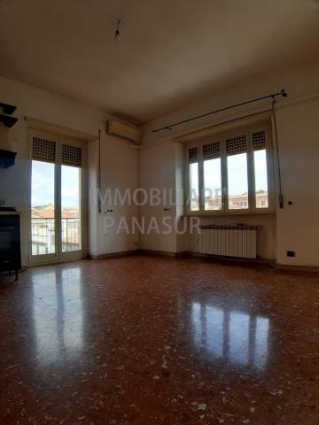 Appartamento in affitto a Albano Laziale, 4 locali, prezzo € 750   Cambio Casa.it
