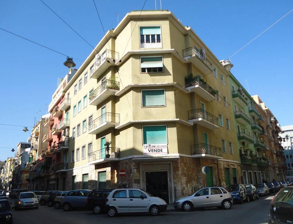 Appartamento in Vendita a Bari Semicentro Nord: 5 locali, 166 mq