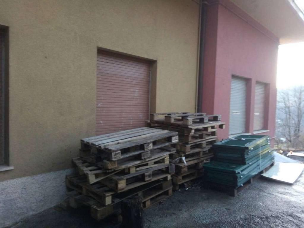 Magazzino in vendita a Davagna, 9999 locali, prezzo € 78.000 | CambioCasa.it