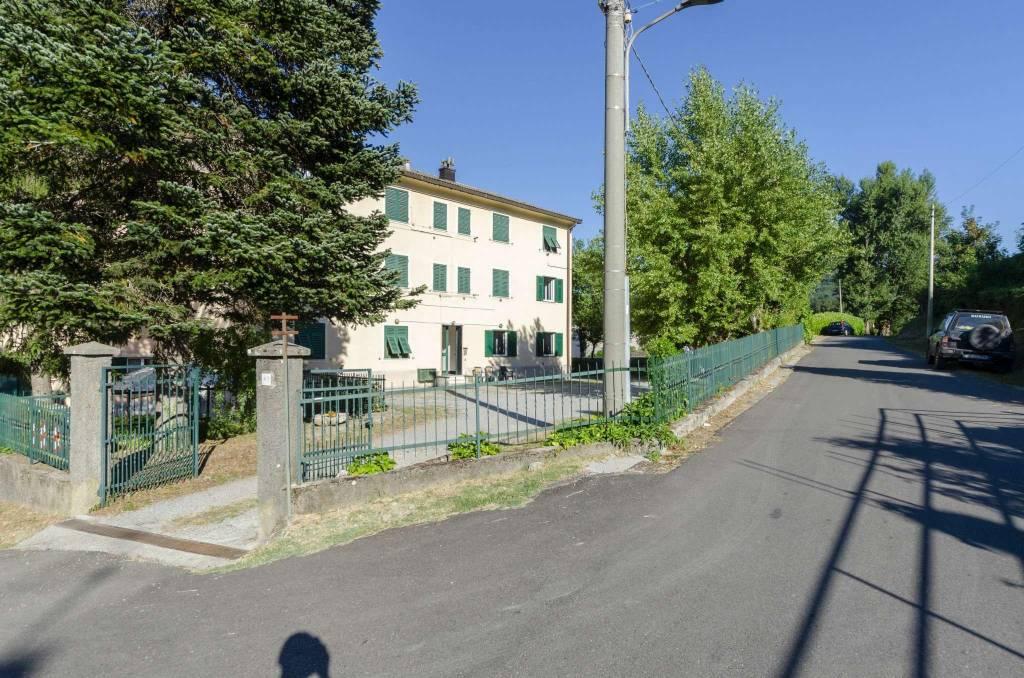 Appartamento in vendita a Voltaggio, 4 locali, prezzo € 35.000   CambioCasa.it