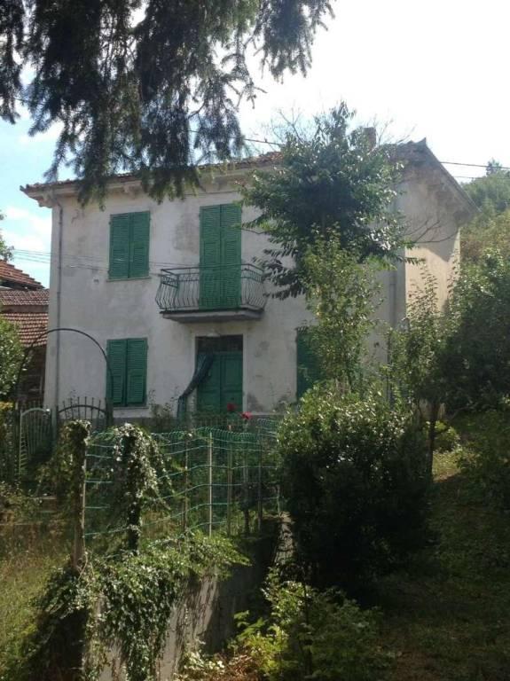 Soluzione Indipendente in vendita a Mongiardino Ligure, 5 locali, prezzo € 33.000 | CambioCasa.it