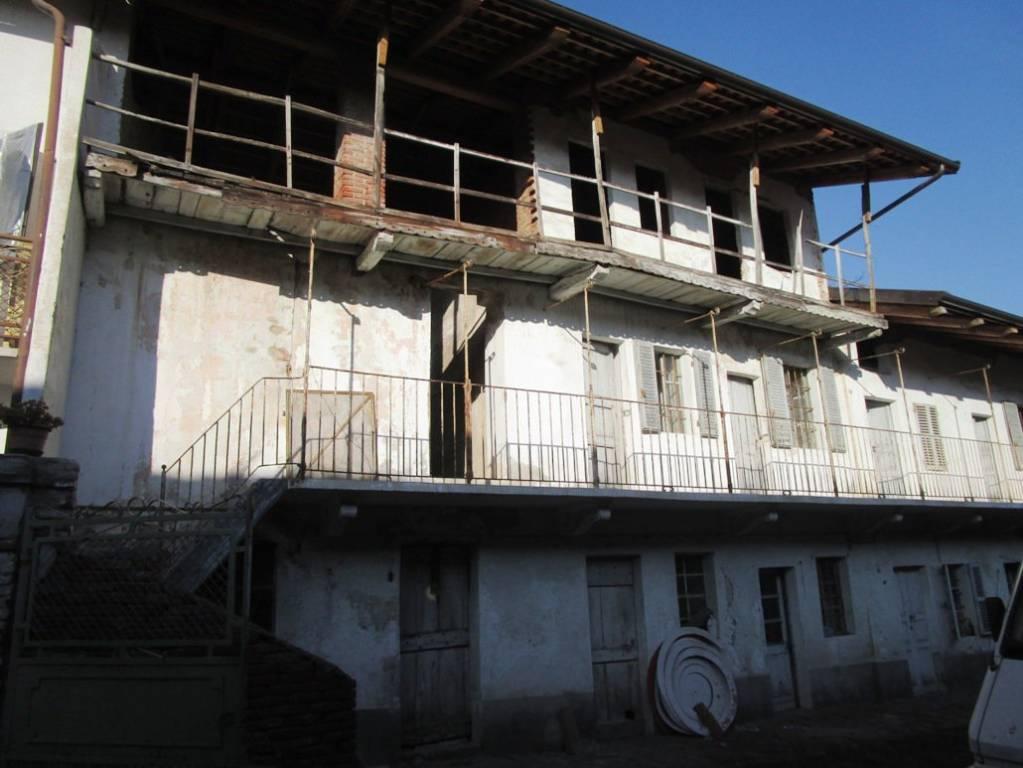Foto 1 di Rustico Sant'Anna 14, Candia Canavese