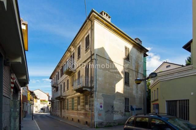 Appartamento in buone condizioni arredato in affitto Rif. 6646671