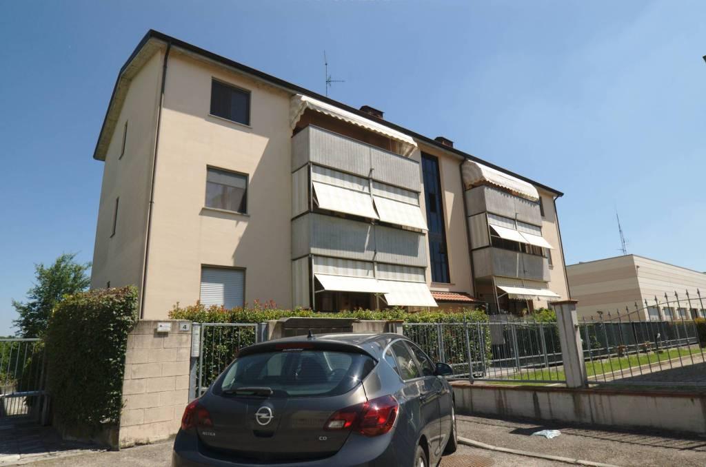 Appartamento in affitto a Colorno, 2 locali, prezzo € 460   CambioCasa.it