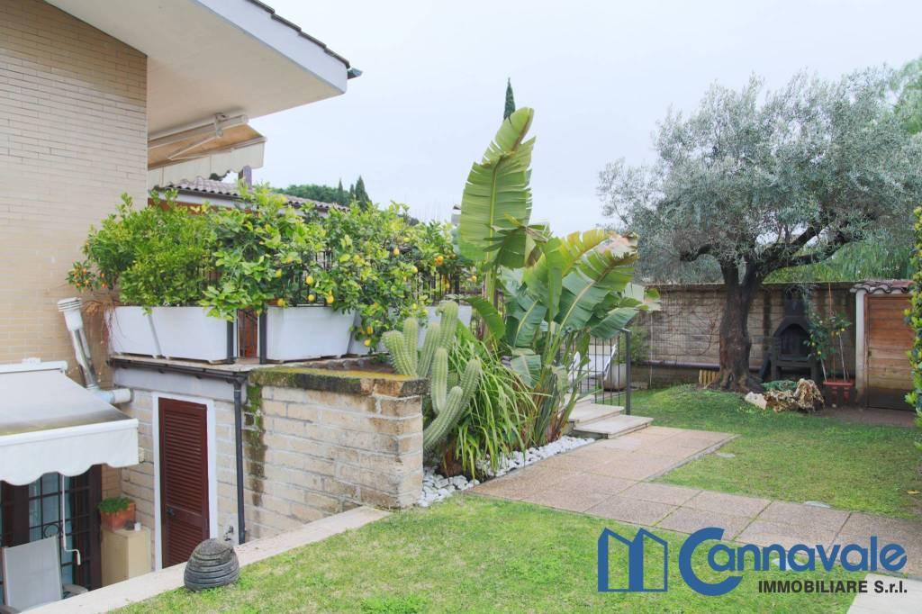 Villa a Schiera in vendita a Roma, 5 locali, zona Zona: 38 . Acilia, Vitinia, Infernetto, Axa, Casal Palocco, Madonnetta, prezzo € 440.000 | CambioCasa.it