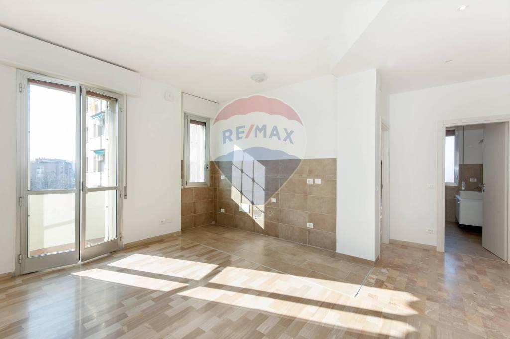 Appartamento in Vendita a Bologna Semicentro: 3 locali, 77 mq