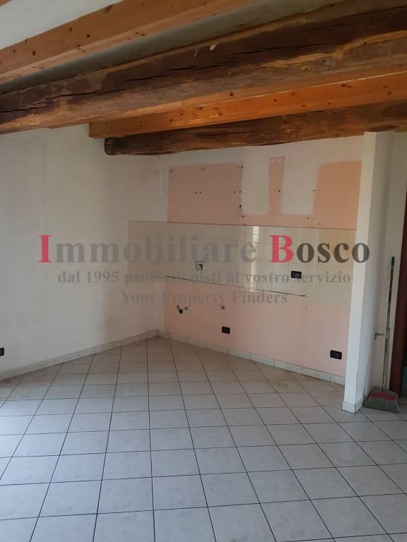 Appartamento in affitto a Bricherasio, 2 locali, prezzo € 300 | PortaleAgenzieImmobiliari.it