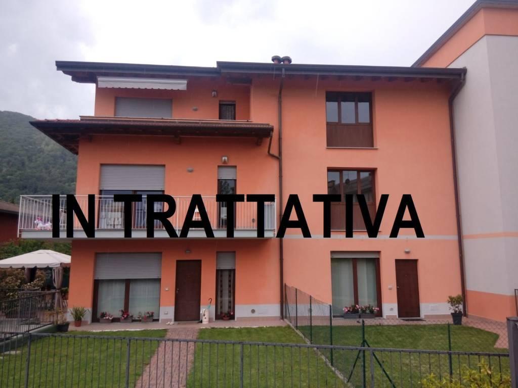 Appartamento in vendita a Arcisate, 3 locali, prezzo € 172.000 | CambioCasa.it