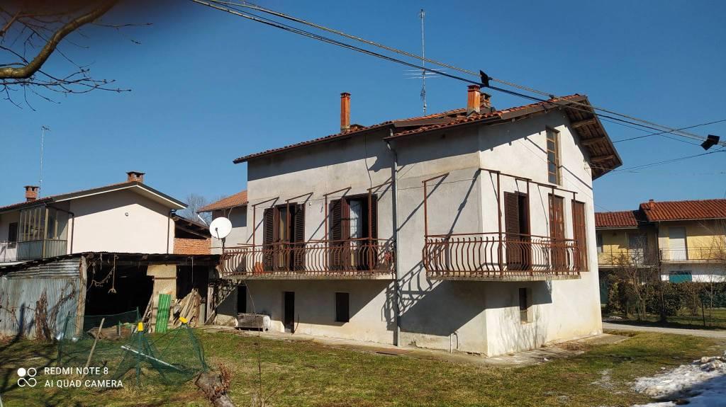 Rustico / Casale in vendita a Frabosa Sottana, 3 locali, prezzo € 60.000 | CambioCasa.it