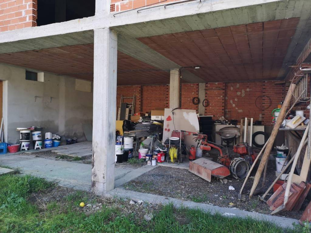 Rustico / Casale in vendita a San Damiano d'Asti, 4 locali, prezzo € 39.000   PortaleAgenzieImmobiliari.it