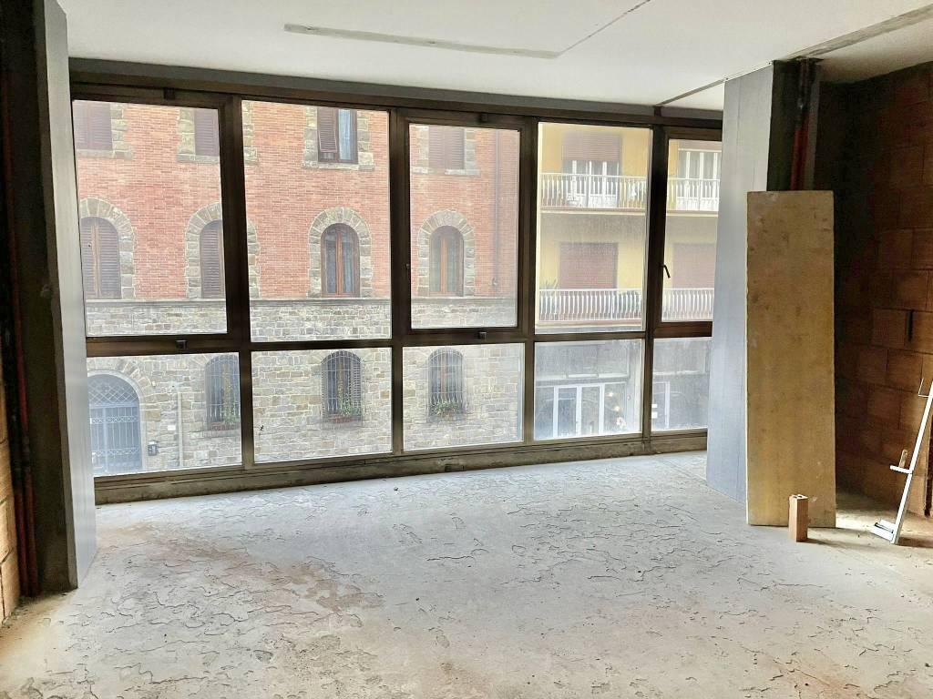Appartamento in Vendita a Firenze Semicentro Sud: 4 locali, 102 mq